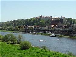 Blick auf Pirna mit Elbe, Schloß Sonnenstein und Altstadt